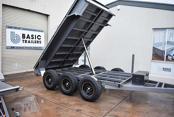 Adelaide Trailers Topic: How to Use a Tipping Trailer Safely