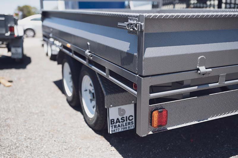 Adelaide Trailers Topic: Learning How to Tow A Trailer Safely