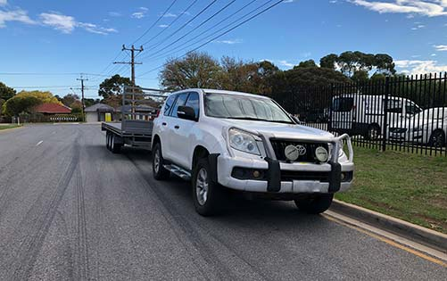 Adelaide Trailers Topic: Choosing the Right Vehicle for Towing in Australia