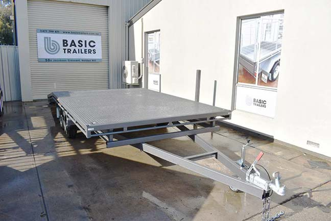 Trailer for Sale: FLAT-TOP-BEAVERTAIL-CAR-TRAILER-18x8