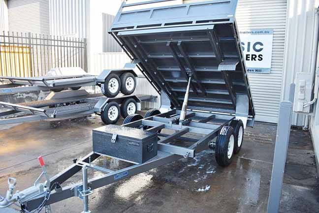 Trailer for Sale: HYDRAULIC-FLAT-TOP-TIPPER-10x8